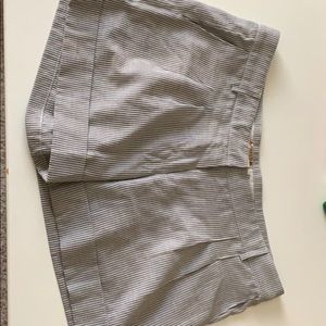 """Pants - Striped shorts 4.25"""" In-seam"""